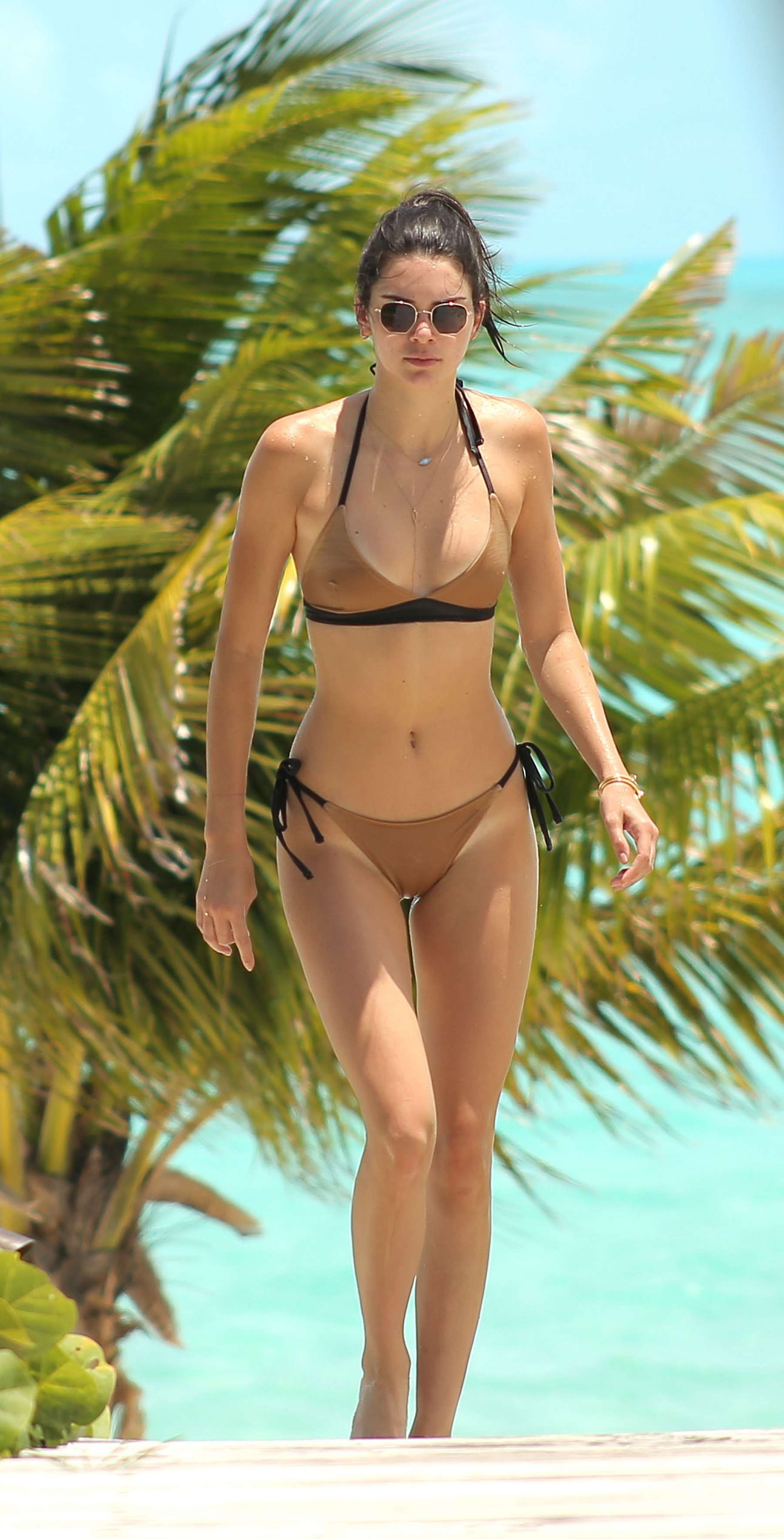 Kendall Jenner Bikini The Beach Turks And Caicos